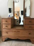 Vintage Dressing Table In Excellent Condition