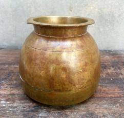 Antique Copper Pot In Awesome Condition