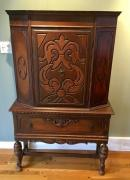Antique Cabinet in Very Good Condition