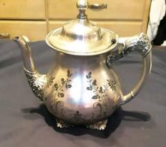 Antique Teapot in excellent condition