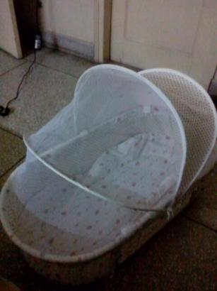 Baby Cot With Attachable Jhula For Sale