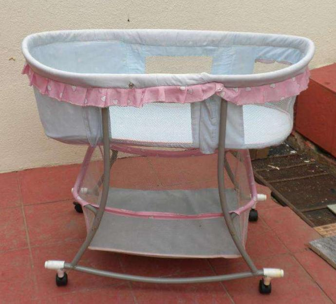 Rocking Cradle for babies.Suitable from birth
