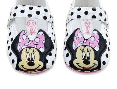 Cute Shoes For Baby Girl In Minnie Mouse Design