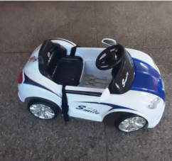 Electronic battery car toy