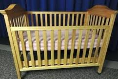 Cradle For Your Little Ones In Fabulous Condition