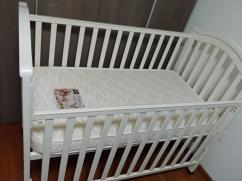 Cot in very rarely Used Condition Available