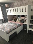 Kids bunk bed with steps