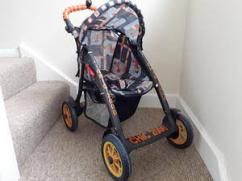 Pram In Excellent Condition Available