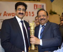 Delhi Gaurav Award for Sandeep Marwah at Vigyan Bhawan
