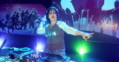 BEST FEMALE DJ IN KOLKATA-DJ BLUHI