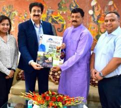 Poster of Yogshala Expo 2018 Released by Sandeep Marwah