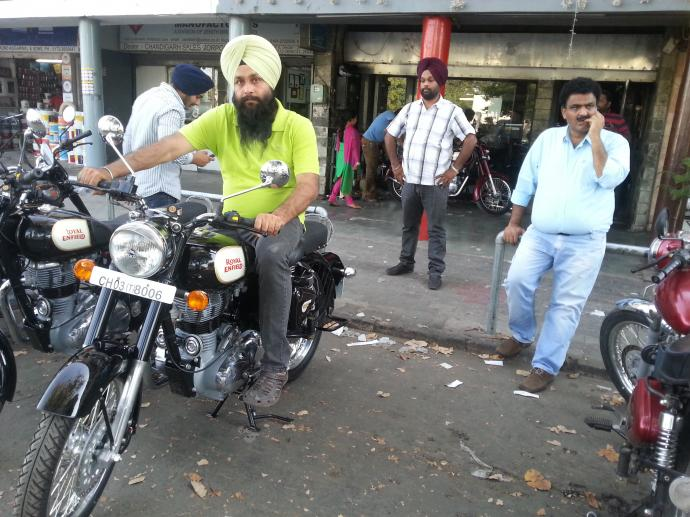Motor Bike (Bullet) On Hire In Chandigarh 9417018737