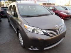 2017 Toyota sienna In Well Maintained Condition