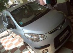 2009 Model Car Available