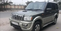Mahindra Scorpio SLE BS-IV, 2011, Diesel for sale in rohini delhi