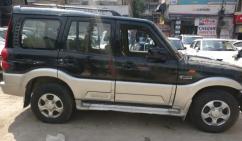 Mahindra Scorpio SLE BS-IV, 2014, Diesel for sale in lakshmi nagar delhi