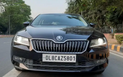 Skoda Superb Laurin and Klement 1.8, 2020, Petrol
