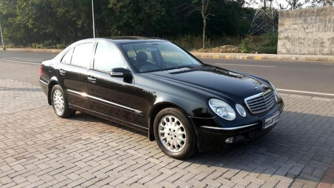Mercedes Benz E240