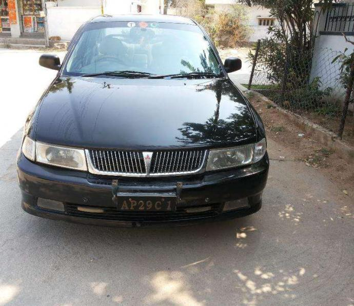 Lancer 2003 dec slxd diesel black 93,000 km done
