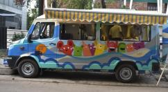Customized Food Truck at Reasonable Price