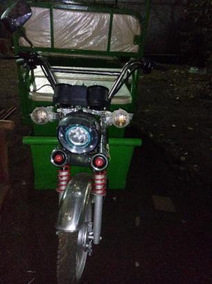 Battery Rikshaw