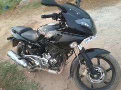 Bajaj Pulsar 220 In Excellent Condition