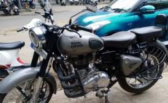 used Royal Enfield classic 350 ABS