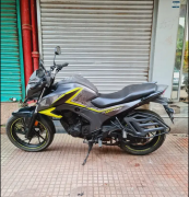 Honda hornet 160R ABS double disc