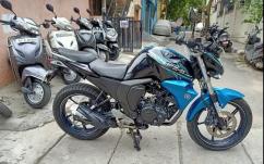Black blue yamaha fzs version 2.0