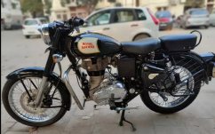 Royal Enfield  Classic 350 Year 2017