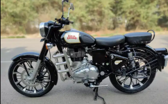 Royal Enfield Model Classic Year 2018