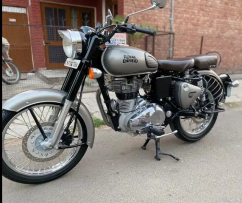 Royal Enfield  Classic Year 2017