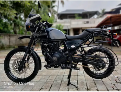 Himalayan ABS with costly accessories