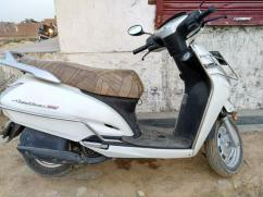 Honda Activa in white color