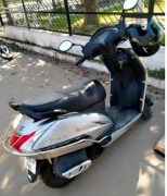 Honda Activa bubble colour gry black tube less tyres