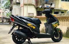 Yamaha ray z model 2017