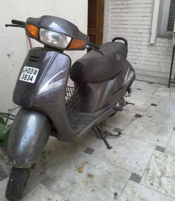 2006 Honda activa, very cheap and good condition