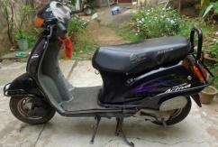 Scooty on rent,Bike on rent,activa on rent,vehicle rental,Rs.2500/month