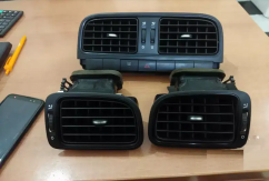 Volkswagen Polo,Vento,Rapid AC vents available