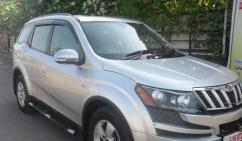 Mahindra XUV 500 In Silver Color