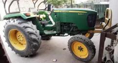 John Deere Tractor modal 2014