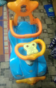 Kids toy car in good condition for sale