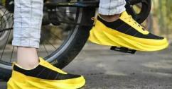 Men Black Yellow Breathable Sports Sneaker