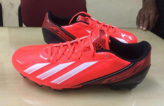 addidas football shoes for sell
