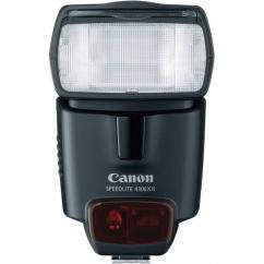 Branded Canon Flash light Available