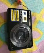 Gently Used Digital Camera With Excellent Picture Quality