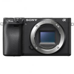 Very Gently used sony digital camera