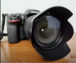 Nikon camera 200 D Good condition no problem urgent sale