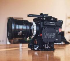 RED EPIC DRAGON X 6K CAMERA WLOTS OF EXTRAS LENS REDBRICK