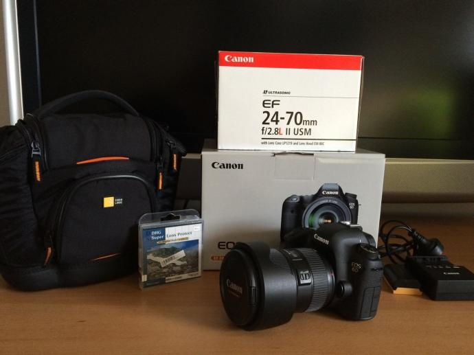 Canon EOS 6D Digital Camera Body Canon 24-105mm F / 4 L IS Lens Kit.